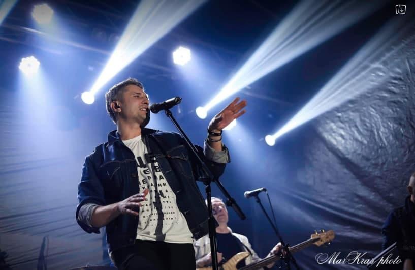 Через шалений попит Віктор Винник та гурт «МЕРІ» дадуть додатковий концерт