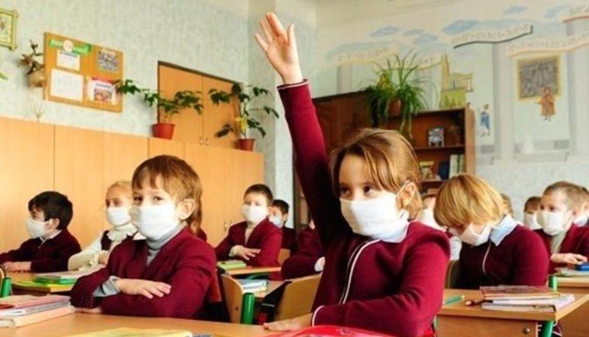 Львівські школярі не будуть навчатися дистанційно