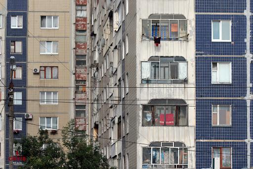 Заміна ліфта в ОСББ: досвід сихівського будинку