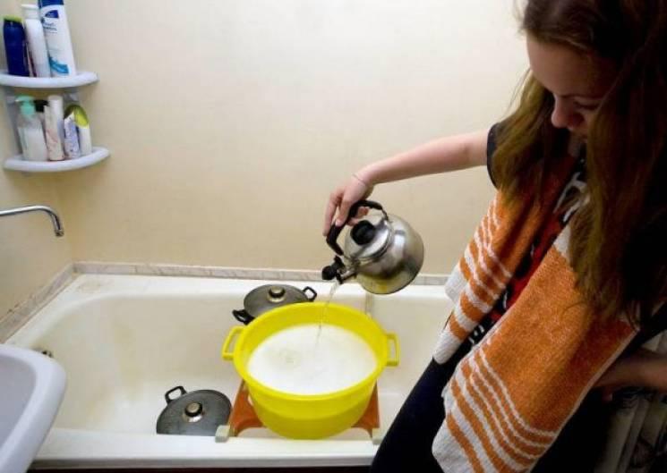 Гарячої води в Сихівському районі досі немає