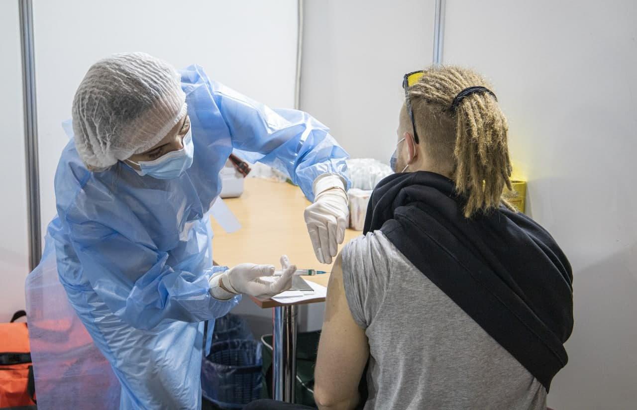 Протягом тижня сихівчани можуть отримати щеплення вакциною Moderna